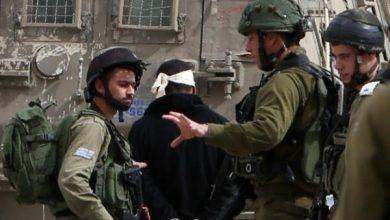 Photo of إسرائيل اعتقلت نحو فلسطيني خلال الشهرين الماضيين بينهم طفلًا