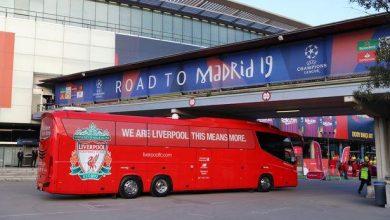 Photo of حافلة ليفربول عالقة في نفق بمدريد