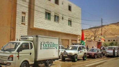 Photo of بالفيديو أردنيون يضعون طعام الفنادق | جريدة الأنباء