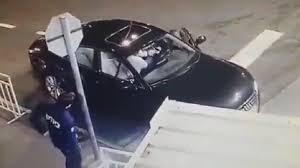 Photo of بالفيديو زائر يهاجم حارس مشفى ويلقى   جريدة الأنباء