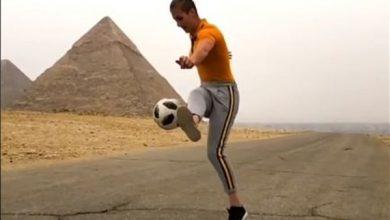 Photo of بالفيديو أمام أهرامات الجيزة بطلة | جريدة الأنباء