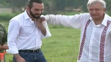 Photo of بالفيديو حركة غير مقصودة من رئيس   جريدة الأنباء