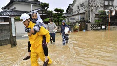 Photo of إجلاء ألف شخص جنوب غرب اليابان بسبب الأمطار الغزيرة