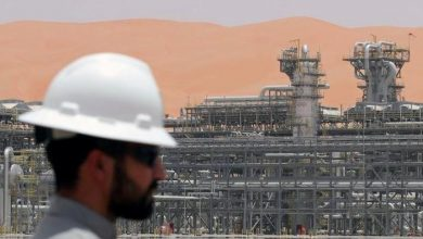 Photo of النفط يهبط وسط علامات تباطؤ الطلب الأمريكي ومخاوف الاقتصاد