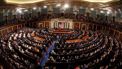Photo of النواب الأمريكي يقر تعديلاً يمنع ترمب من اتخاذ إجراء عسكري ضد ..