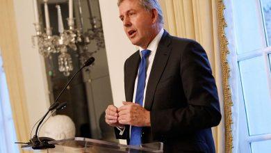 Photo of السفير البريطاني المستقيل ترمب انسحب من الصفقة النووية مع إيرا..