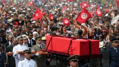 Photo of تونس تودع رئيسها السبسي في جنازة وطنية حاشدة