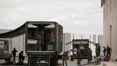 Photo of الجيش المكسيكي يكثف انتشاره مع حدود أمريكا لمنع المهاجرين من ا..