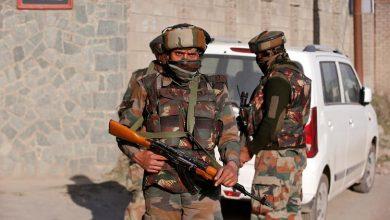 Photo of إصابة أشخاص في اشتباكات مع الشرطة الهندية بكشمير
