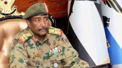 Photo of رئيس المجلس السيادي في السودان يعلن بدء إعادة هيكلة جميع القوا..