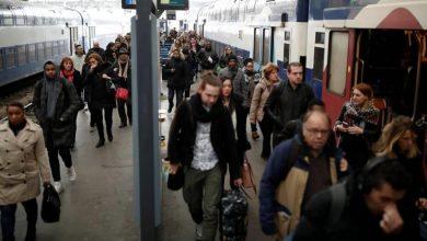 Photo of نقابات فرنسية تدعو إلى إضراب عام لقطاع النقل
