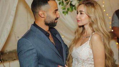 Photo of بالفيديو.. بكاء والدة وشقيقات فنانة مصرية في حفل زفافها