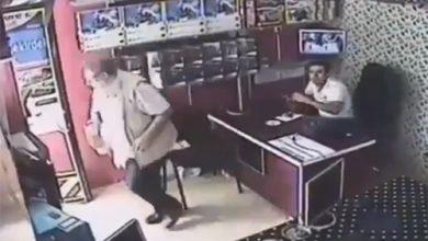 Photo of بالفيديو تركي لم يتخل عن الشاي حتى | جريدة الأنباء