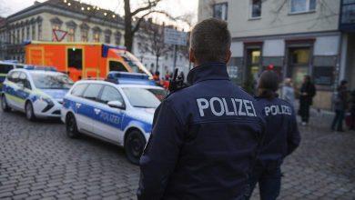Photo of مقتل شخصين في إطلاق نار أمام معبد يهودي في ألمانيا