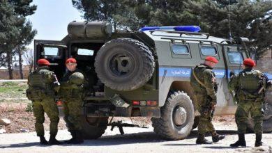 Photo of دوريات للشرطة العسكرية الروسية على خط التماس بين القوات السوري..