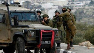 Photo of مقتل فلسطيني عند نقطة تفتيش في الضفة الغربية