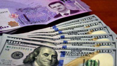 Photo of لأول مرة في تاريخ سوريا الدولار يرتفع إلى ليرة