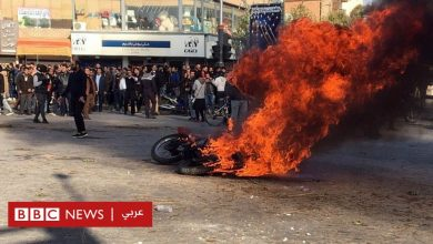 "Photo of احتجاجات البنزين في إيران: خامنئي يؤيد رفع الأسعار ويُدين ""الثورة المضادة"""