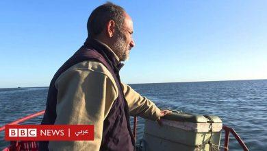 """Photo of صياد تونسي يؤسس """"مقبرة الغرباء"""" لإكرام غرقى المهاجرين"""