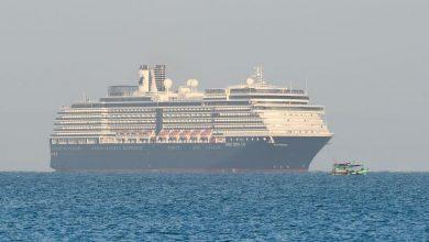 Photo of بدء إنزال 3 آلاف راكب من السفينة الموبوءة في اليابان