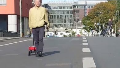 Photo of بالفيديو فنان ألماني يخدع خرائط   جريدة الأنباء