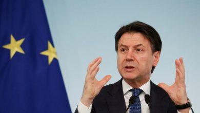 Photo of رئيس الوزراء الإيطالي يعلن توقف الإنتاج باستثناء النشاطات الحي..