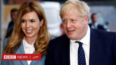 Photo of بوريس جونسون رئيس وزراء بريطانيا وشريكته كاري سيموندس يعلنان أنهما مخطوبان وينتظران مولوداً