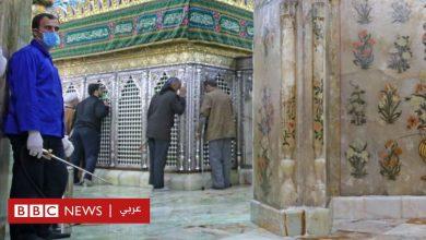 "Photo of فيروس كورونا: ""السجن والجلد"" لإيرانيين نشرا فيديو لعقا فيه مرقدين مقدسين"