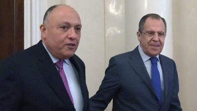Photo of وزيرا خارجية مصر وروسيا يبحثان سبل مواجهة جائحة كورونا ومنع انتشاره
