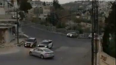 Photo of بالفيديو لحظة سيئة أردني كسر حظر   جريدة الأنباء