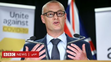 """Photo of فيروس كورونا: وزير الصحة النيوزيلندي يصف نفسه بـ""""الأحمق"""" بعد مخالفة قواعد الإغلاق"""