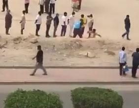 Photo of الداخلية استدعاء أحد المتطوعين ظهر بمقطع فيديو يعتدي على مُقيم..