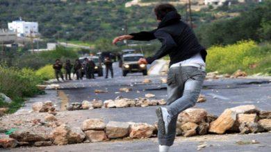 Photo of جيش الاحتلال يعلن مقتل جندي بعد رشقه بالحجارة في الضفة الغربية