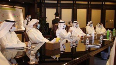 Photo of وزير الخدمات يناقش الخطة التشغيلية لإعادة الرحلات التجارية بمط..