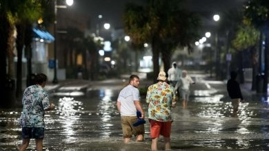 Photo of الإعصار إيساياس يضرب ولاية نورث كارولاينا الأمريكية