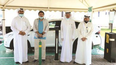 Photo of مشرف تفتتح أول محطة شحن للمركبات | جريدة الأنباء