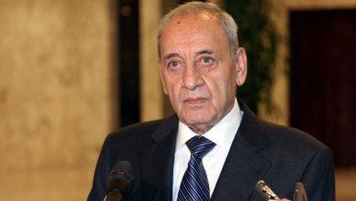 Photo of رئيس البرلمان اللبناني يؤكد التزامه بمبادرة ماكرون رغم اعتذار ..