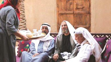 Photo of كشخة الفنان أم مصلحة العمل؟   جريدة الأنباء