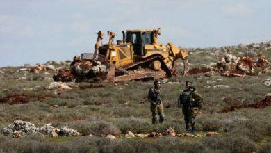 Photo of جيش الاحتلال يجرف أراضي زراعية شرق قطاع غزة