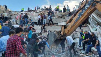 Photo of ارتفاع حصيلة ضحايا زلزال إزمير التركية إلى قتيلًا