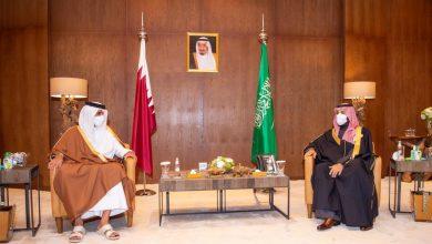 Photo of ولي العهد السعودي وأمير قطر يستعرضان العلاقات الثنائية وتعزيز العمل الخليجي المشترك