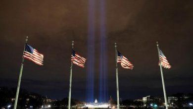 Photo of إضاءة ساحة الأعلام بواشنطن استعداداً لتنصيب بايدن