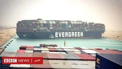 Photo of قناة السويس: صور توضح جهود تعويم السفينة الجانحة فيها