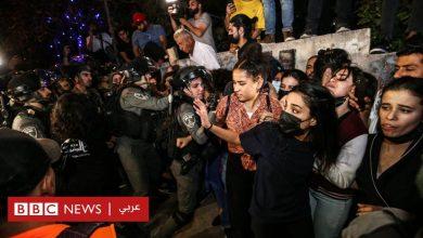 Photo of حي الشيخ جراح: مصادر طبية فلسطينية تفيد بإصابة ما لا يقل عن 20 فلسطينيا في اشتباكات مع الشرطة الإسرائيلية بالقدس