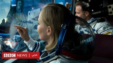 Photo of طاقم سينمائي روسي يعود إلى الأرض بعد تصوير أول فيلم في الفضاء